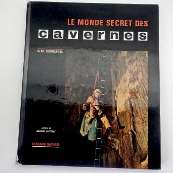 Le Monde Secret Des Cavernes - Product Image