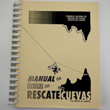 Manual de Tecnicas de Rescate en Cuevas, Cave rescue in Spanish - Product Image